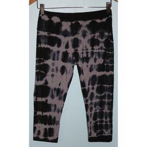 Balance Collection Black Tie Dye Capri Yoga Pants
